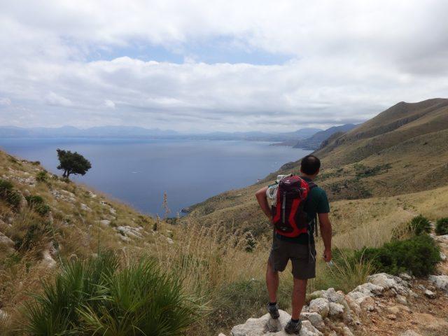 Trekking-sulle-vie-degli-elimi-zingaro-alto