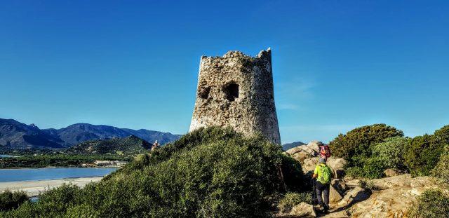trekking-in-sardegna-il-meglio-del-sud-torre-porto-giunco