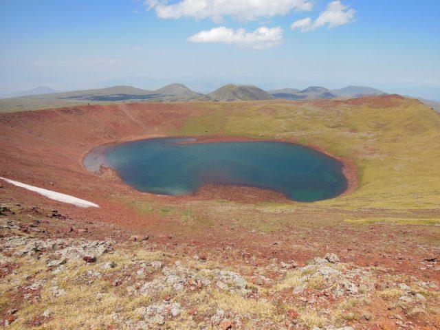 https://www.trekkilandia.it/wp-content/uploads/2020/06/Armenia_stelle_pianosa_2015-315-640x480.jpg