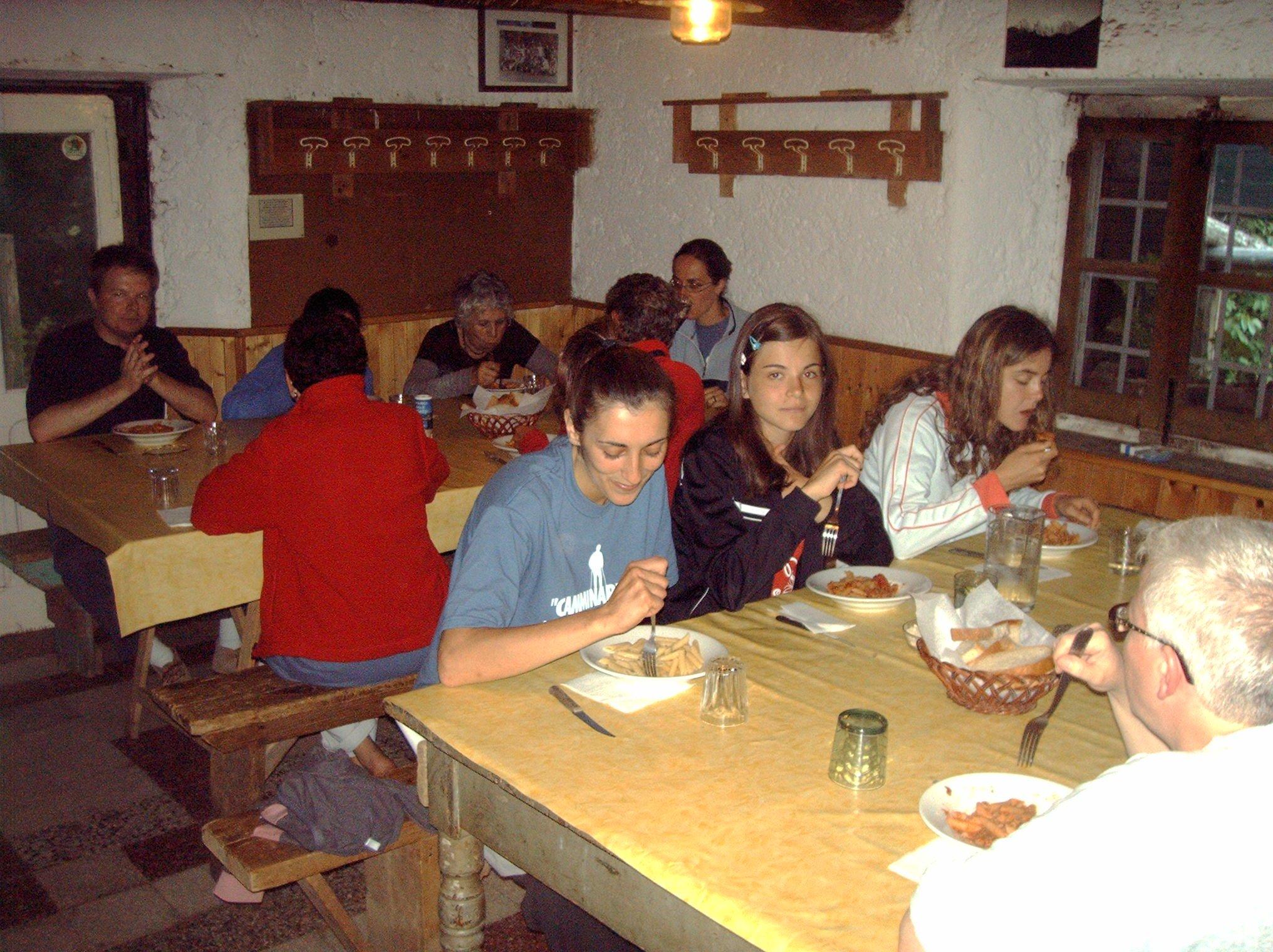 cena-rifugio-la-quiete-apuane