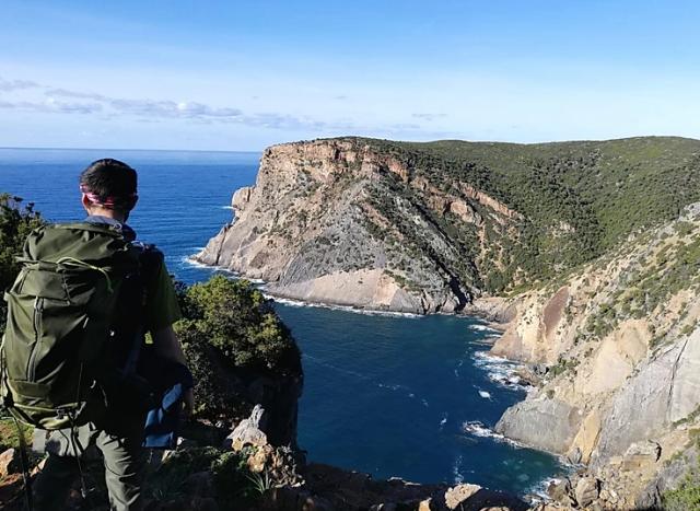 trekking-cammino-di-santa-barbara-sardegna-miniere-nel-blu