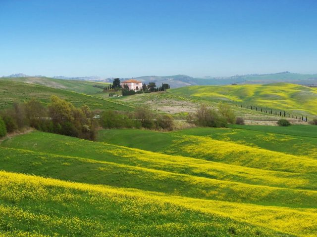 https://www.trekkilandia.it/wp-content/uploads/2020/10/val-dorcia-640x480.jpg