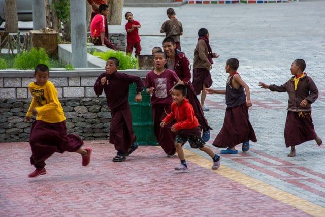 monastero-ladakh-buddhismo-tibetano-giovani-monaci
