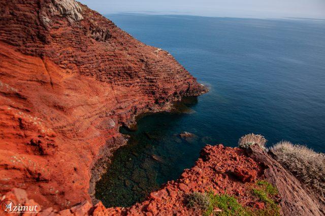 capraia-isola-cala-rossa-arcipelago-toscano