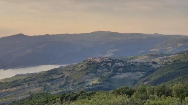 panorami-borghi-silenti-cammini-in-italia