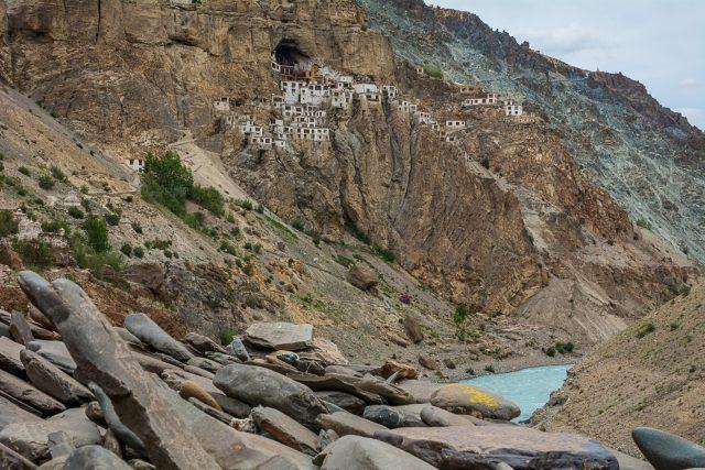phugtal-gompa-buddhismo-tibetano-zanskar