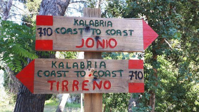calabria-coast-to-coast-segnaletica