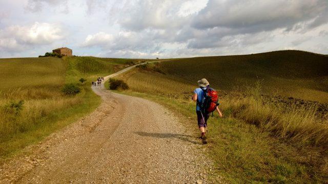 viaggi-a-piedi-lunga-percorrenza-val-dorcia-via-francigena